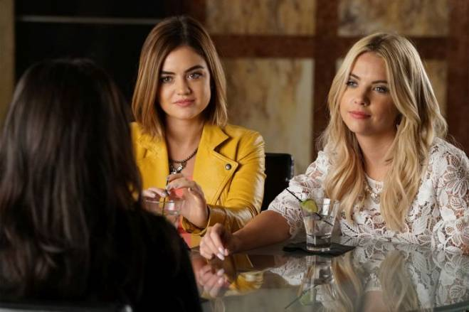 pretty-little-liars-where-somebody-waits-for-me
