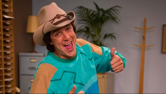 Samuel Johnson in his role as Molly Meldrum.
