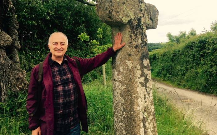 Britain's Ancient Tracks With Tony Robinson: Dartmoor