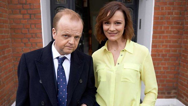 Capital (BBC-1 2015, Toby Jones, Rachael Stirling)
