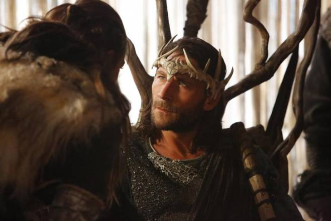 The 100 Heavy Lies the Crown