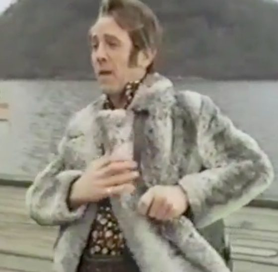 Ian Hendry in 1974 BBC drama Contract. An episode from the anthology series Dial M For Murder.
