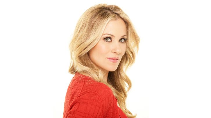 Christina Applegate Dead to Me