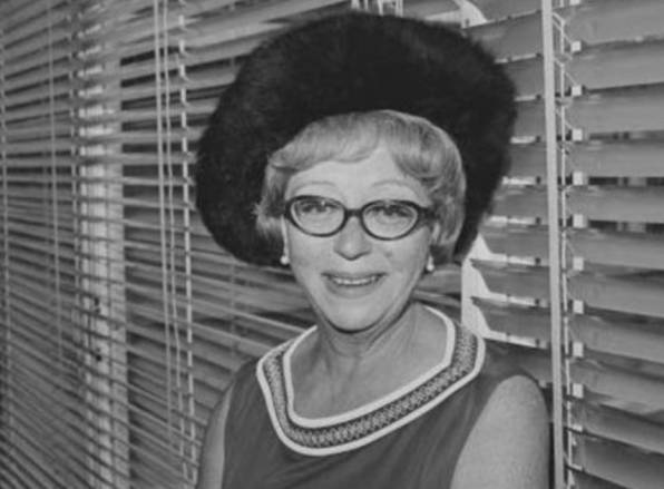 The First Lady BBC 1968-1969 Thora Hird
